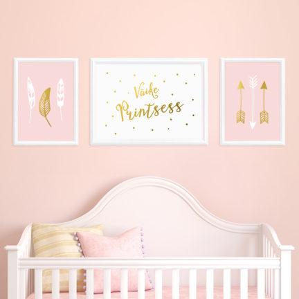 seinapilt-lastetuppa-kolmikpilt-suled-nooled-roosa-2