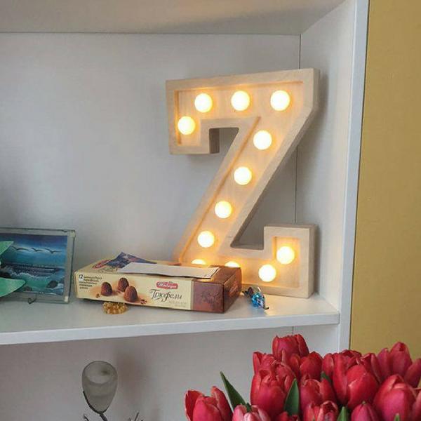 Puidust lamp täht Z